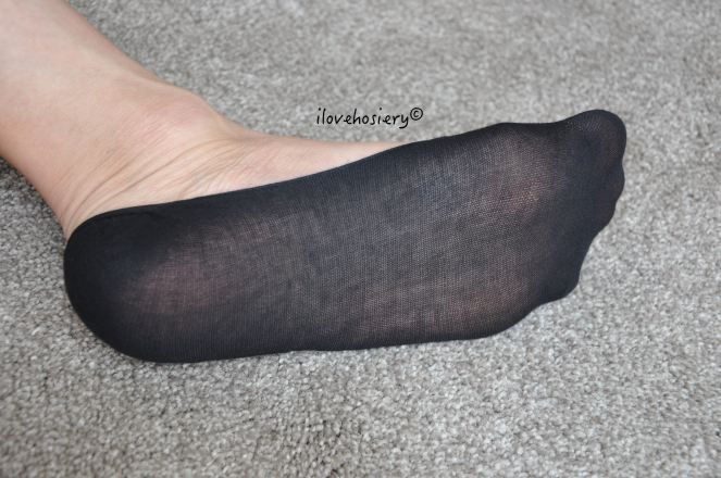 wolford-cotton-footsies-12
