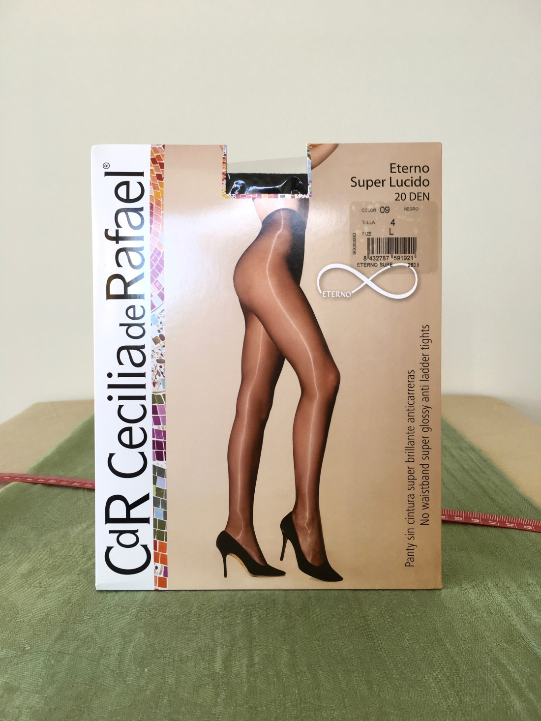 805b6ca13ccaa Review: Cecilia de Rafael Eterno Super Lucido 20 DEN tights – i love hosiery